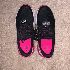 Brand New Athletic Shoe